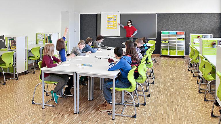 Video: Lernmöbel - Die flexible Lernumgebung