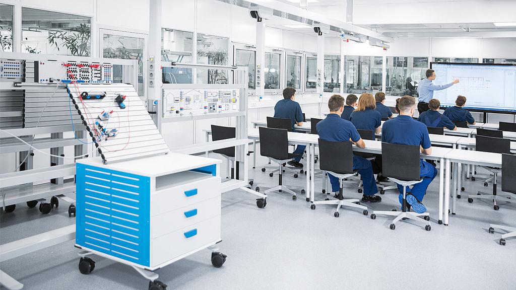 Bild: Multifunktionsräume, Daimler AG