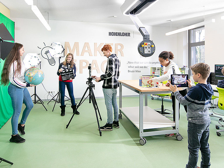Bild: Schüler im Makerspace