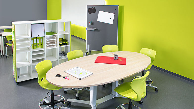 Image: Learning room with COMFORT table