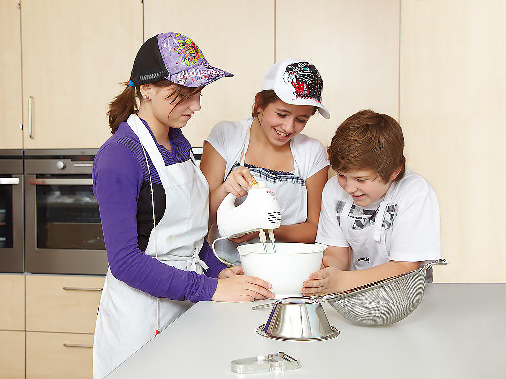 Image: Learning kitchen - let's learn cooking