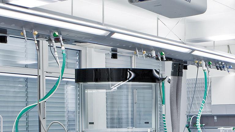 Bild: Medienflügel-Anschluss des AeroEM