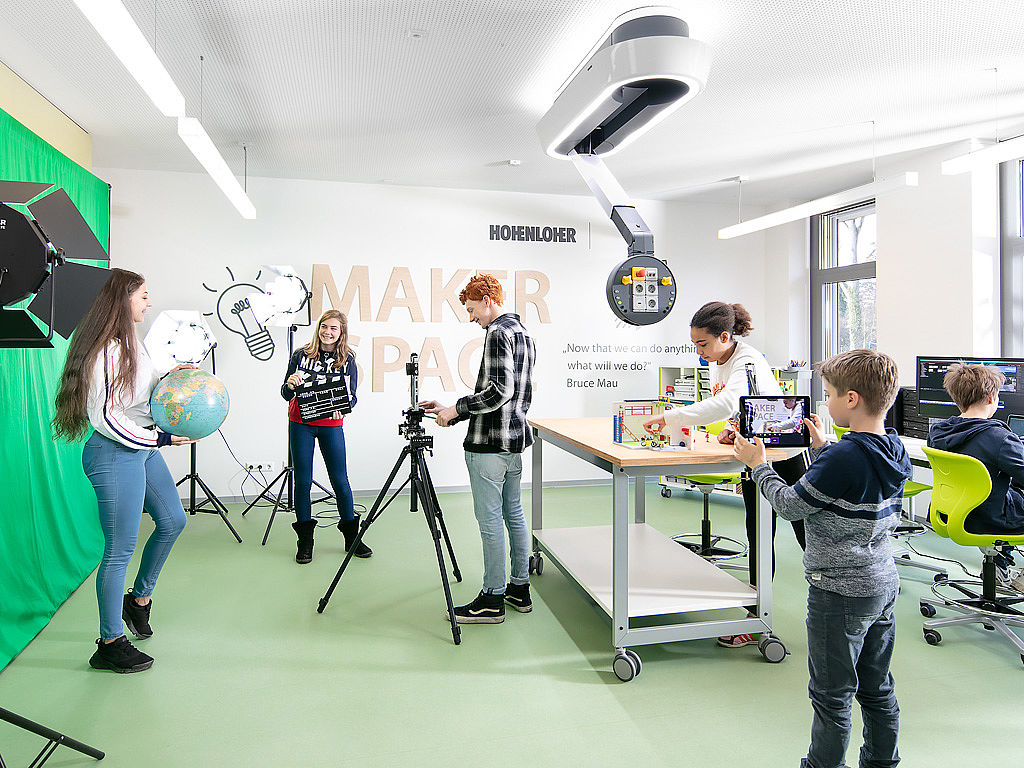 Image: Pupils in the Makerspace