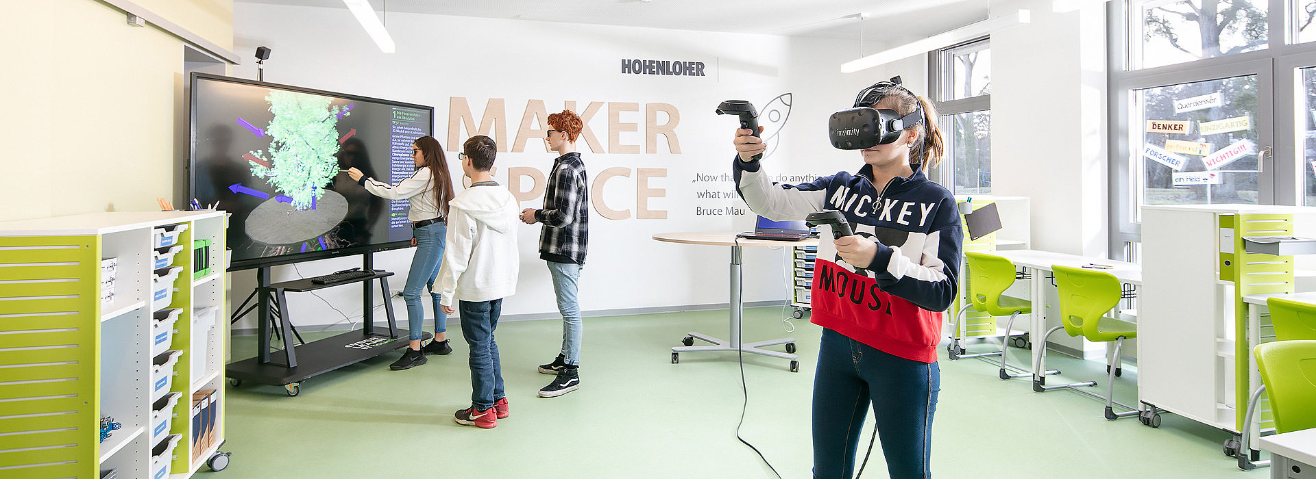 Image: Virtual reality at Makerspace